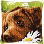 Kreuzstich-Kissenhuellen-Hund mit Blume
